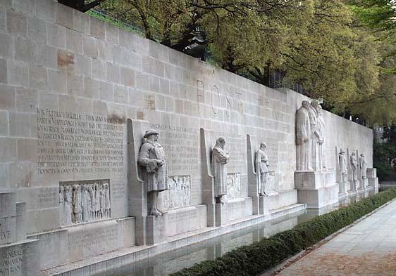 宗教改革纪念碑2.jpg