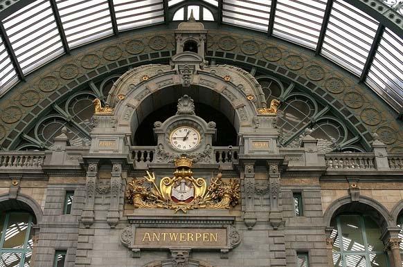 中央火车站.jpg
